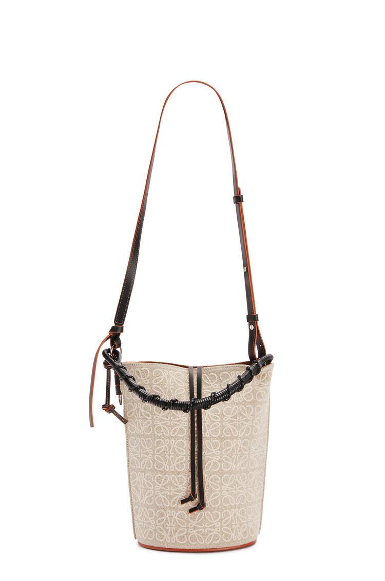 LOEWE Gate Bucket Handle bag in anagram linen and calfskin Natural/Black pdp_rd