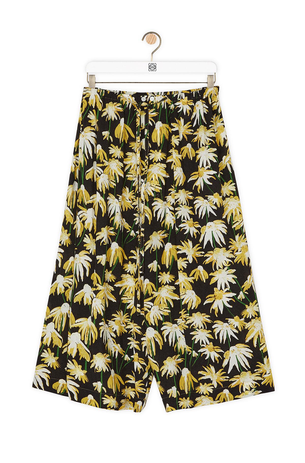 LOEWE Daisy Print Drawstring Shorts Black/Yellow front