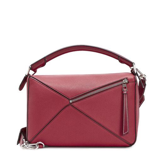 LOEWE Puzzle Bag 覆盆莓色 front