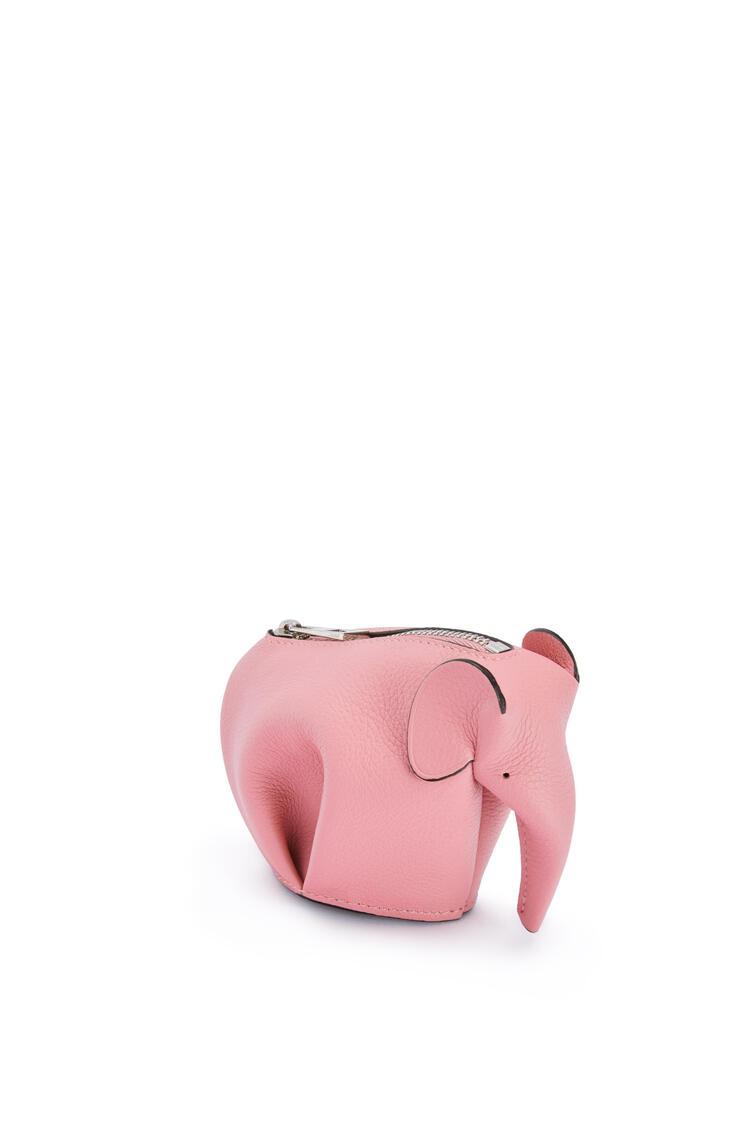 LOEWE Elephant charm in smooth calfskin 糖果色 pdp_rd