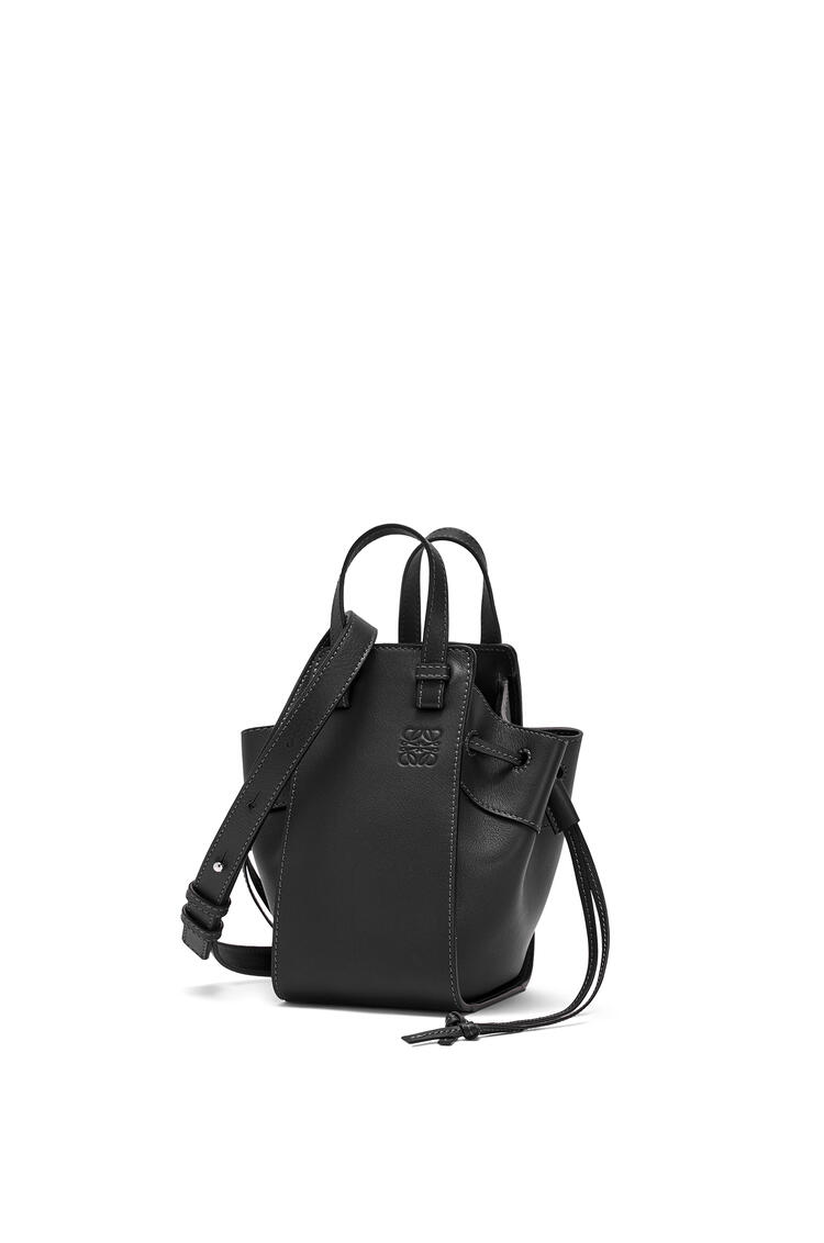 LOEWE Mini Hammock Drawstring bag in nappa calfskin Black pdp_rd