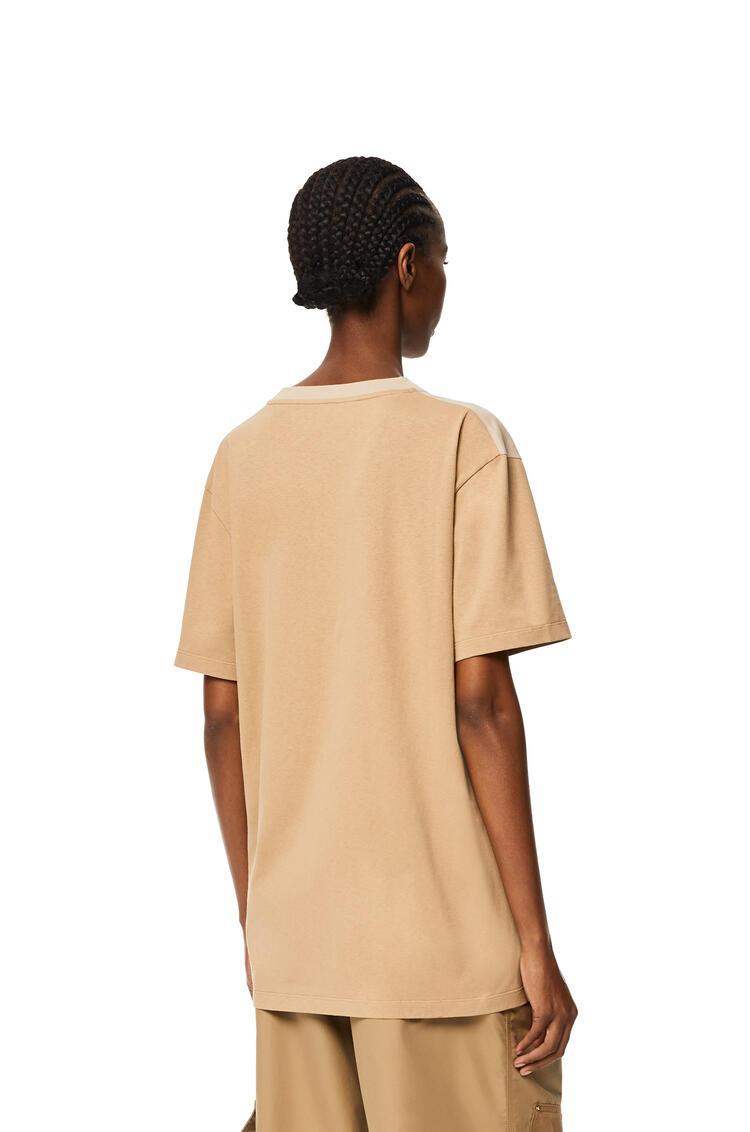 LOEWE Camiseta boyfriend en algodón con Anagrama Cañamo pdp_rd