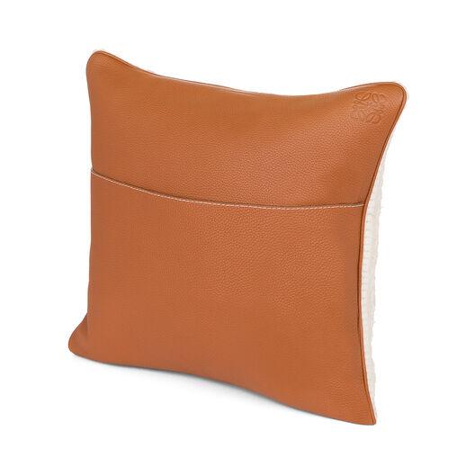 LOEWE Hand Knitted Cushion 4 40X40 White/Dark Brown all