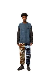 LOEWE Jersey de cuello redondo en algodón y lana Azul/Gris pdp_rd