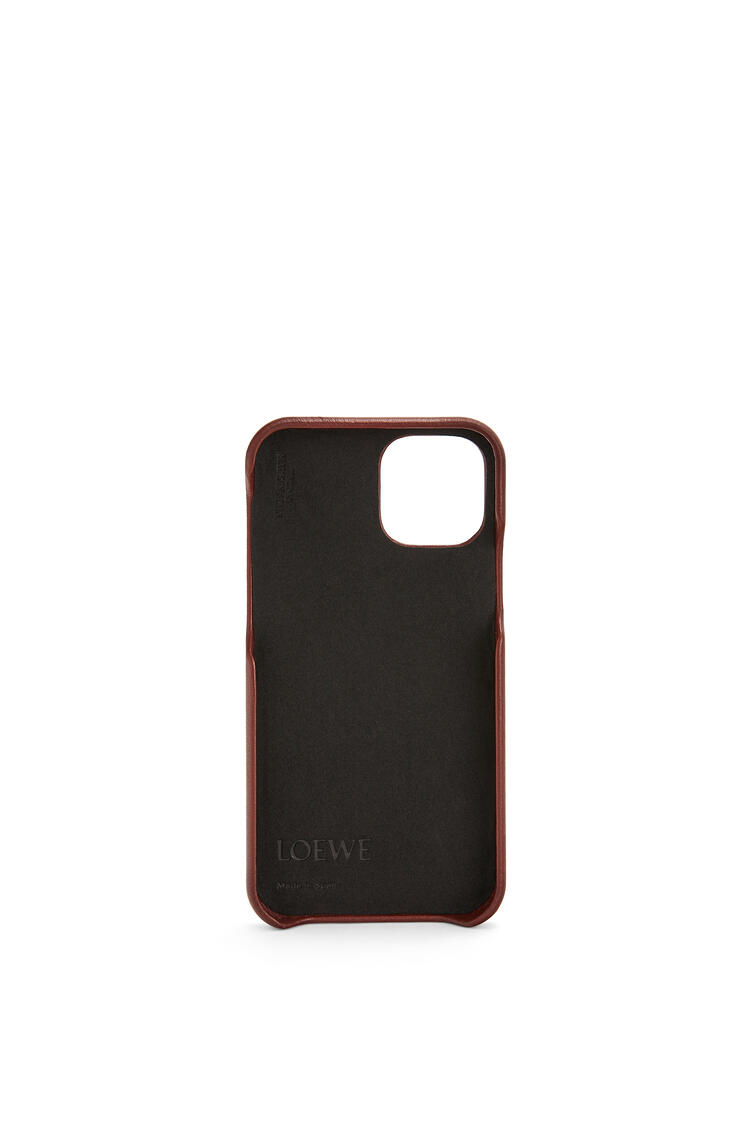 LOEWE Brand phone cover in calfskin for iPhone 12 Pro Berry pdp_rd