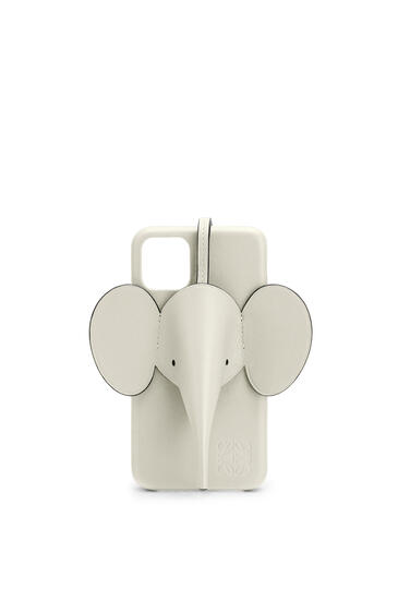 LOEWE Elephant cover for iPhone 11 in pearlized calfskin Sage pdp_rd