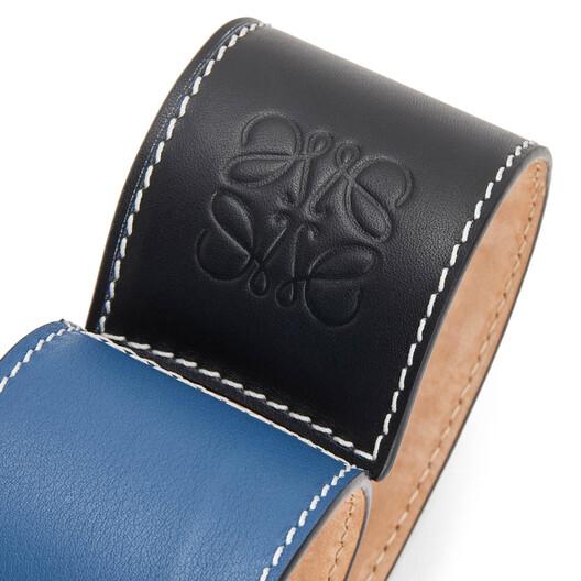 LOEWE ビッグパッチワークスラップブレスレット ブラック/ブルー front