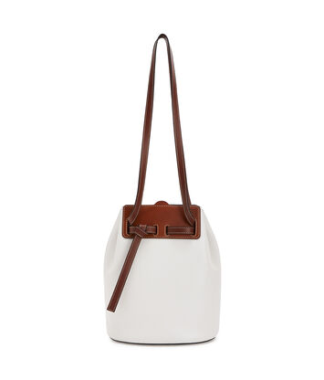 LOEWE Bucket Bag Soft White front