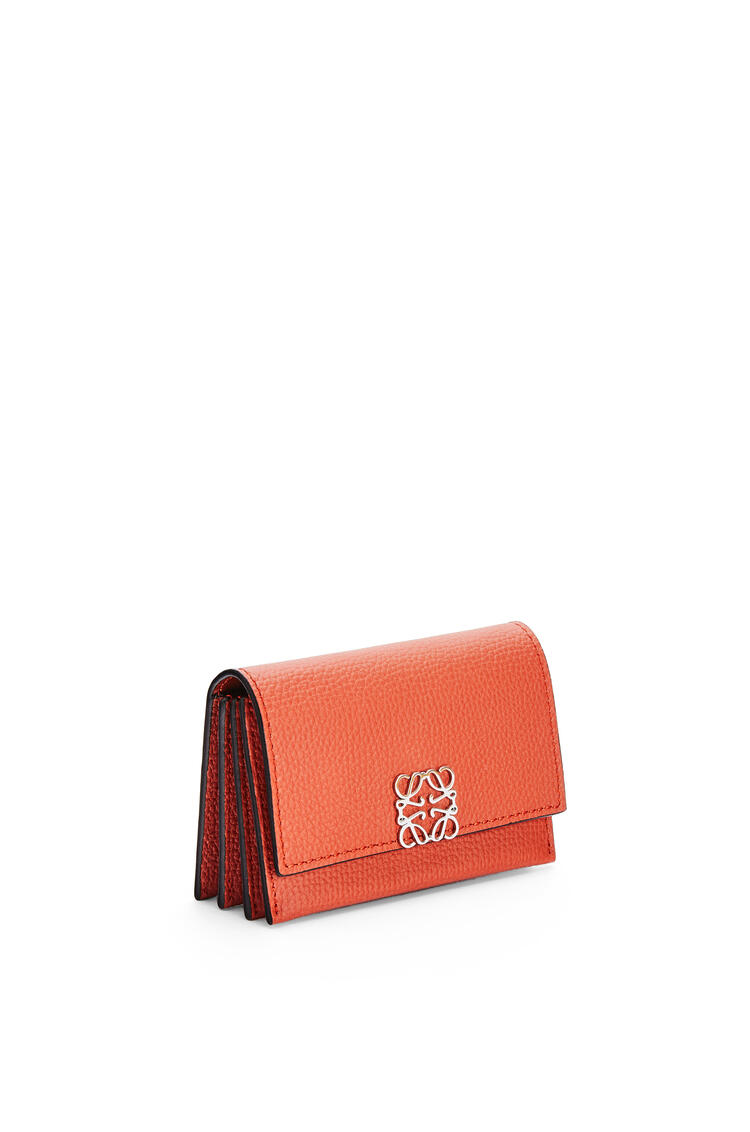 LOEWE Anagram accordion cardholder in grained calfskin Pumpkin pdp_rd