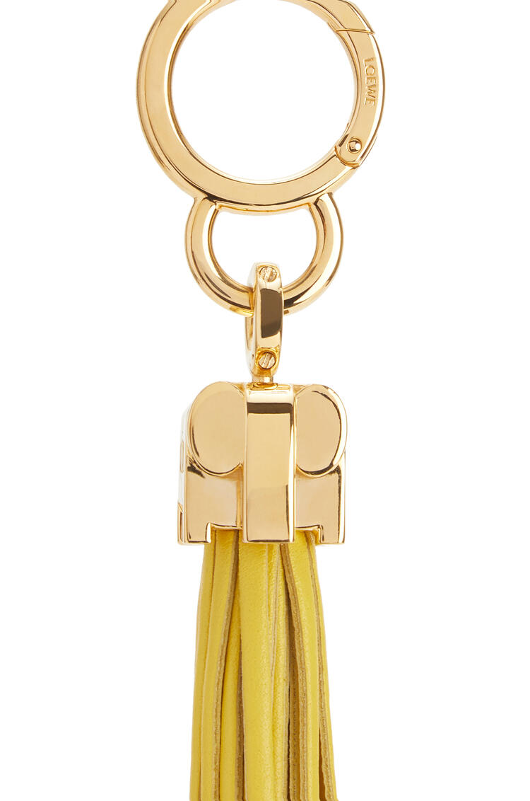 LOEWE Elephant fringes charm in calfskin Yellow pdp_rd