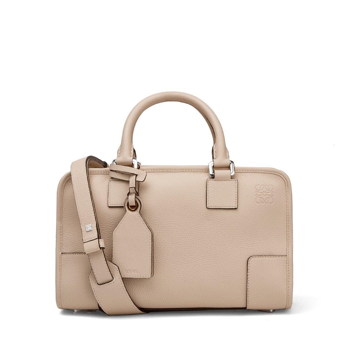 40代女性にオススメのLOEWE(ロエベ)レディースバッグ
