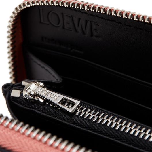 LOEWE Zip Around Wallet Pink Tulip/Black front