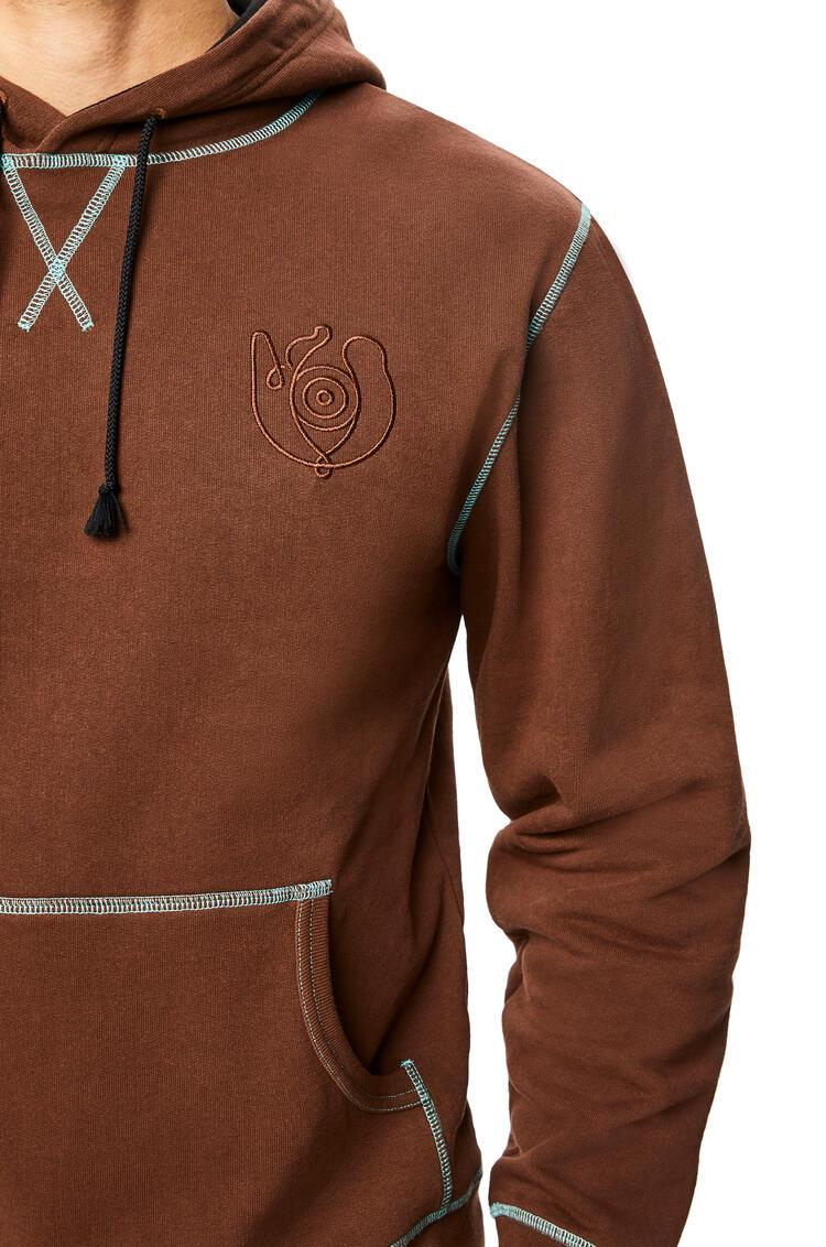 LOEWE Sudadera con capucha confeccionada en algodón Marron pdp_rd