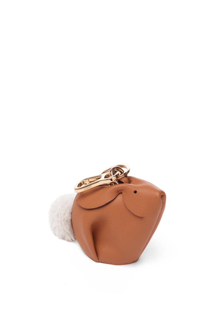 LOEWE Bunny charm in classic calfskin Light Caramel pdp_rd