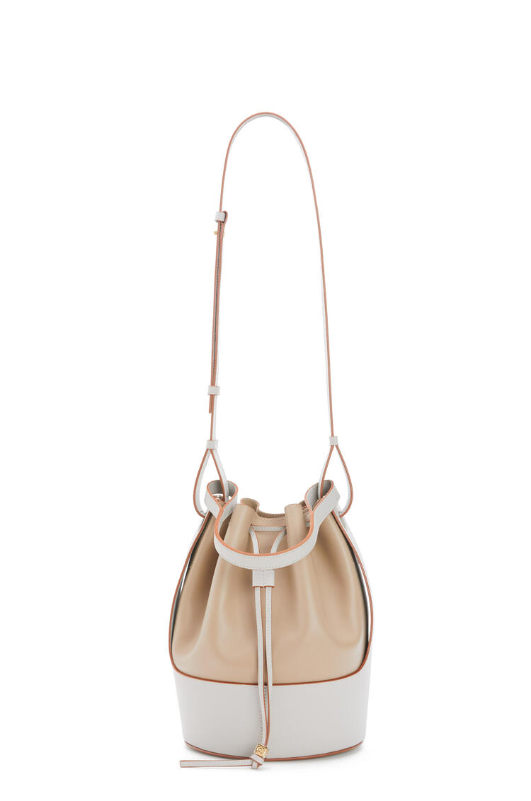 LOEWE Balloon bag in nappa calfskin Fawn/Ghost pdp_rd