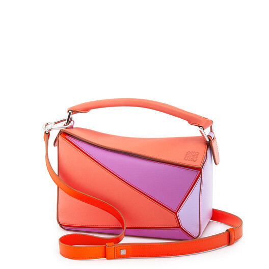 LOEWE Small Puzzle Bag In Classic Calfskin Grapefruit/Mauve front