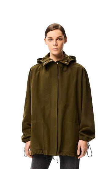 LOEWE Parka corta en algodón con capucha Verde Militar pdp_rd