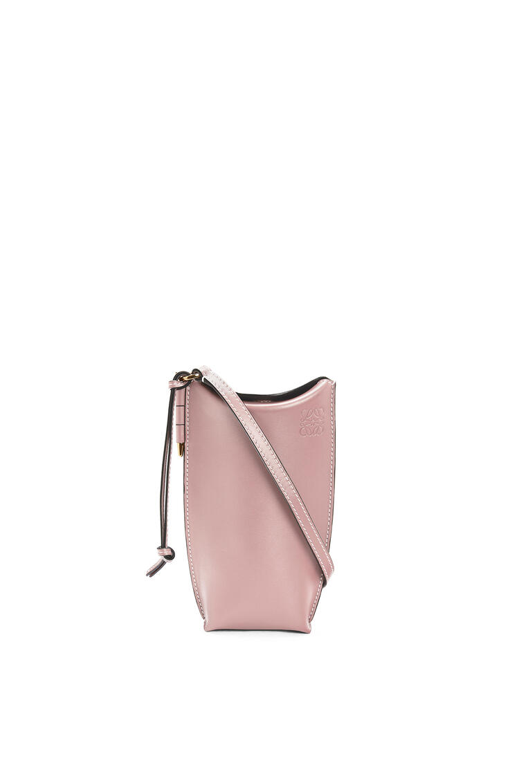LOEWE Gate Pocket In Soft Calfskin Pastel Pink pdp_rd