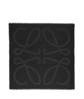 LOEWE 140X140 Scarf Giant Anagram Negro front