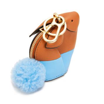 LOEWE Charm Bunny Bronceado/Azul Celeste front