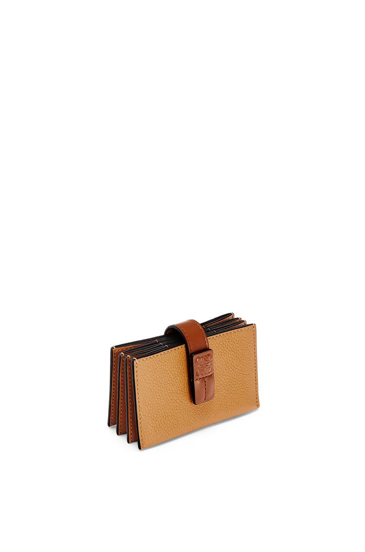 LOEWE アコーディオン コイン カードホルダー (ソフトグレインカーフ) ライトキャラメル/ピーカンカラー pdp_rd