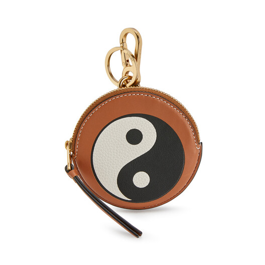 LOEWE Paula Cookie Charm Yin Yang 棕色 front