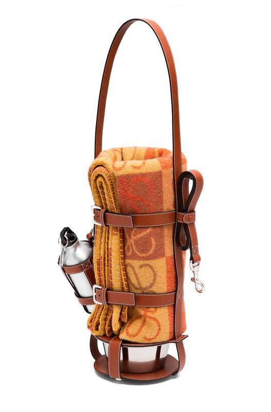 LOEWE Feeder Bag Pecan Color all