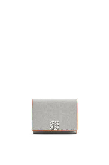 LOEWE Anagram trifold 6 cc wallet in pebble grain calfskin Smoke pdp_rd