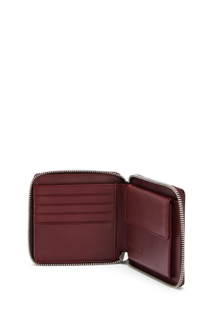 LOEWE Puzzle square zip wallet in classic calfskin Wine/Garnet pdp_rd