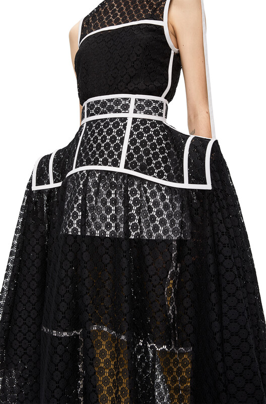 LOEWE Basque Lace Skirt Black front