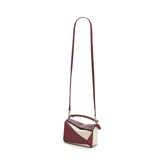 LOEWE Puzzle Mini Bag Wine/Garnet front