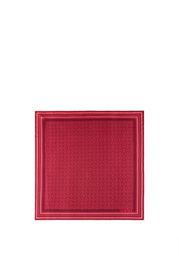 LOEWE Anagram scarf in silk Red/Fuchsia pdp_rd