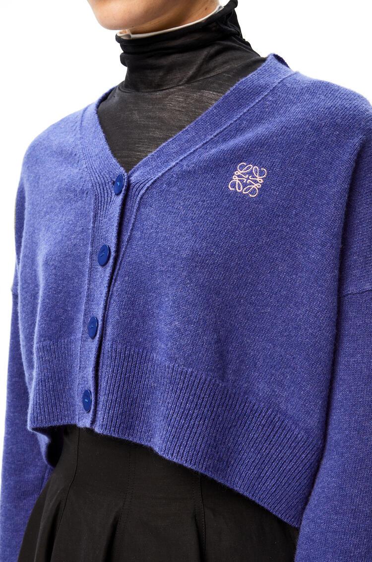 LOEWE Anagram embroidered cropped cardigan in wool Blue/Geranium pdp_rd