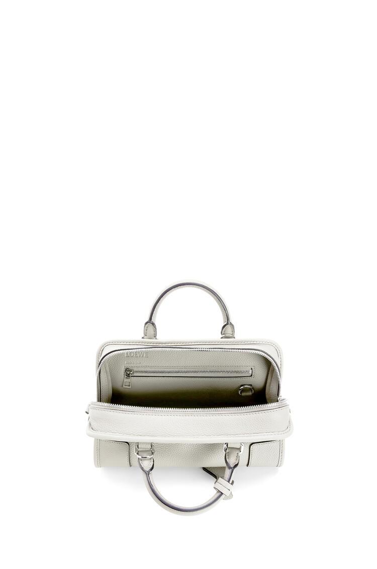 LOEWE Amazona 23 bag in soft grained calfskin Soft White pdp_rd