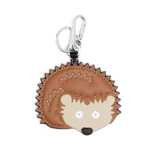 LOEWE Hedgehog Charm brown/palladium front