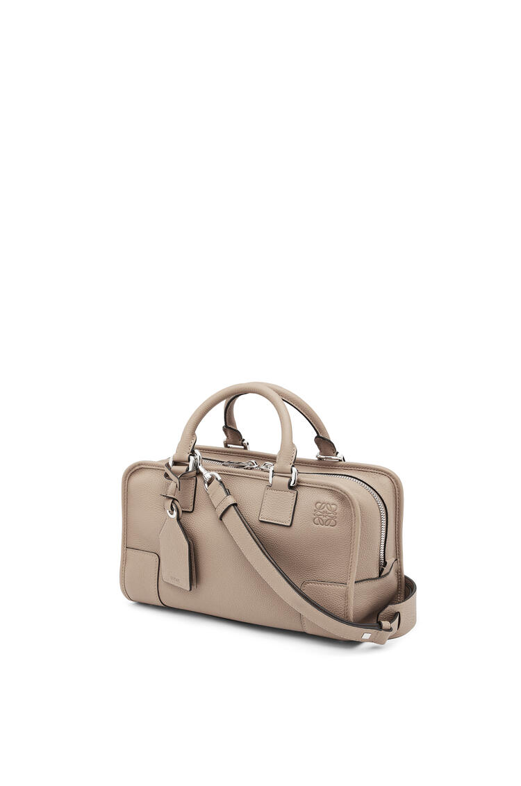 LOEWE Amazona 28 bag in soft grained calfskin Sand pdp_rd