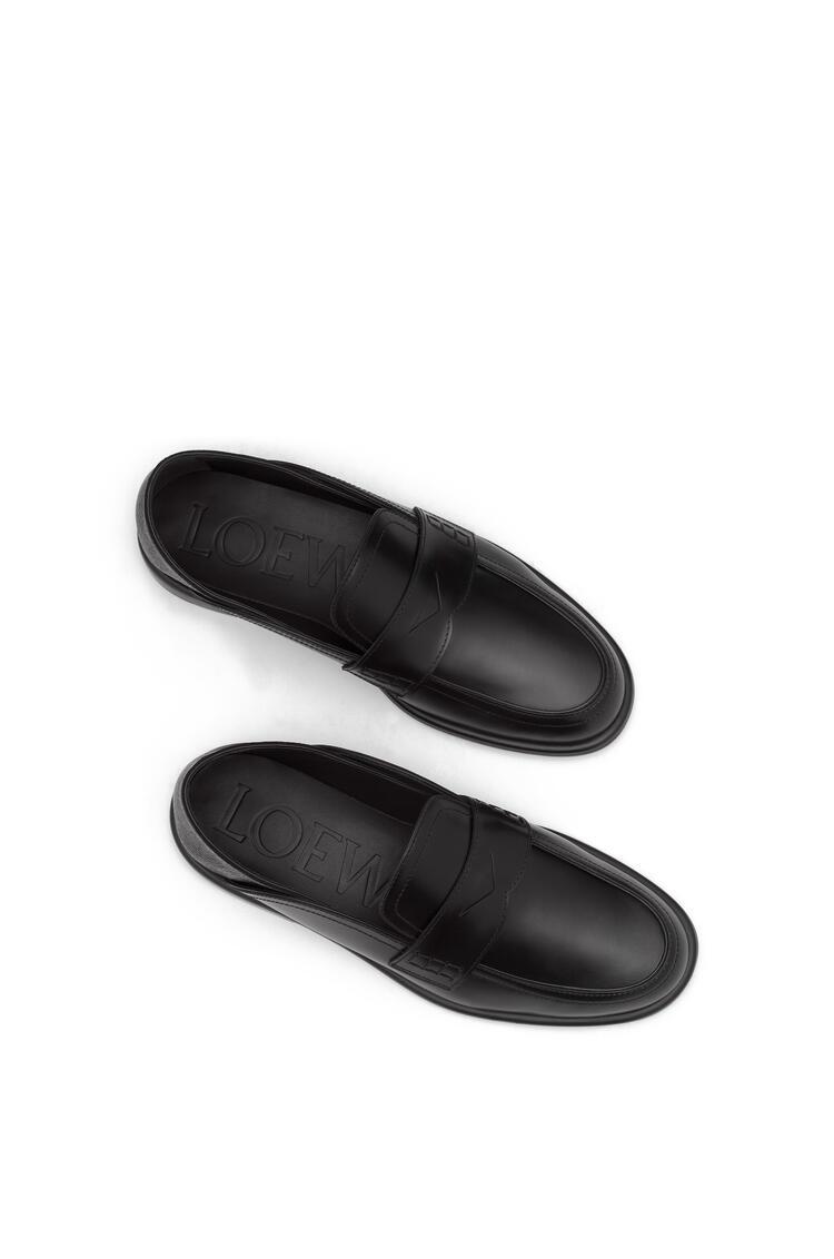 LOEWE Mocasín en piel de ternera sin cordones Negro/Negro pdp_rd