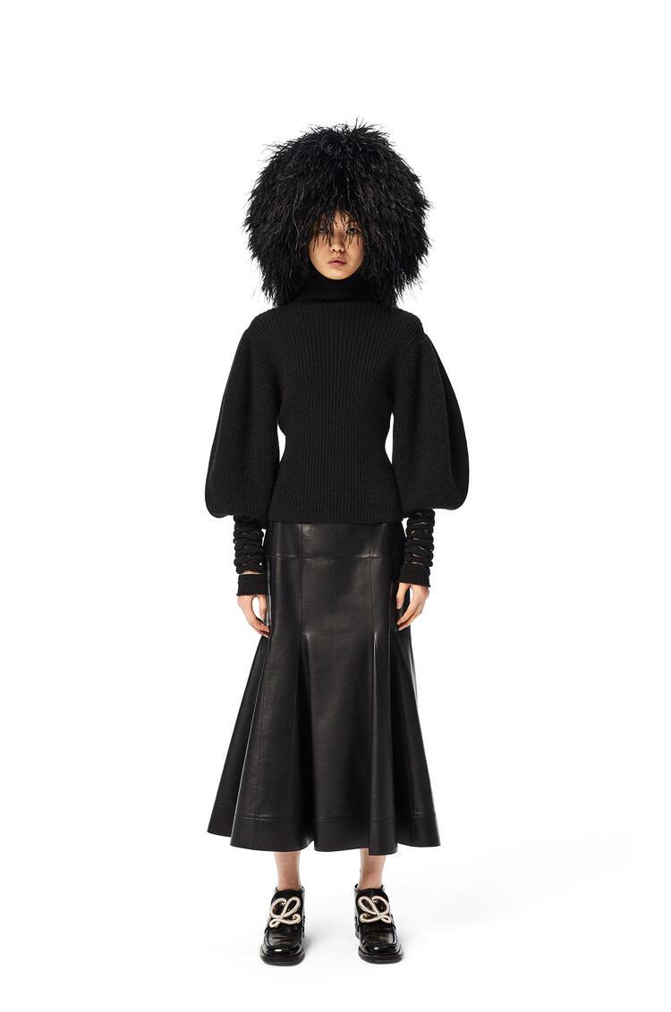 LOEWE Sombrero peluca con plumas Negro pdp_rd
