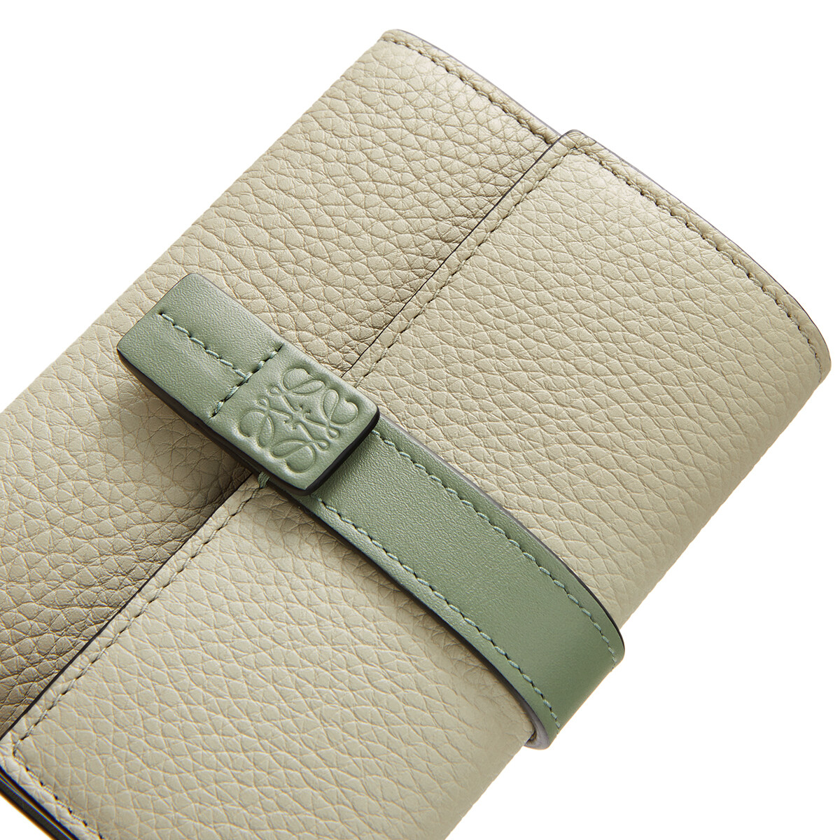 LOEWE Small Vertical Wallet Sage/Pale Green front