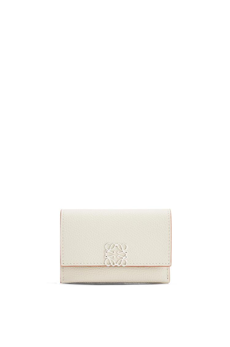 LOEWE Anagram accordion cardholder in grained calfskin Light Ghost pdp_rd