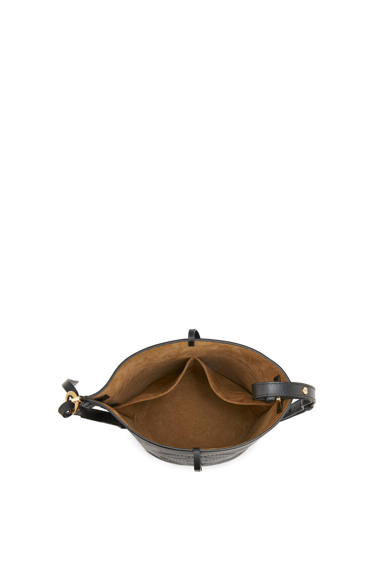 LOEWE Anagram Gate Bucket bag in natural calfskin Black pdp_rd