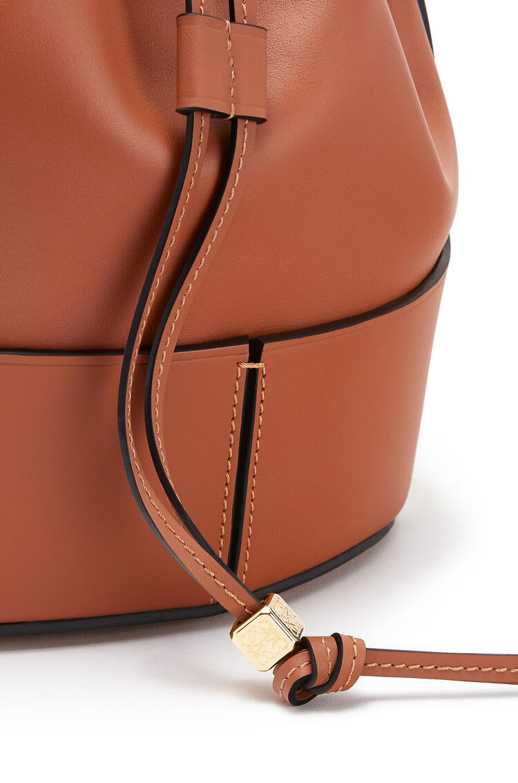 LOEWE Small Balloon bag in nappa calfskin Tan pdp_rd