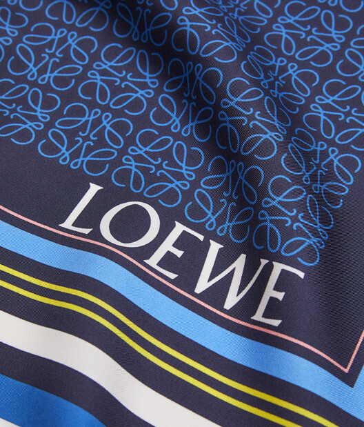 LOEWE 140X140 Scarf Print Patchwork Amarillo/Azul front