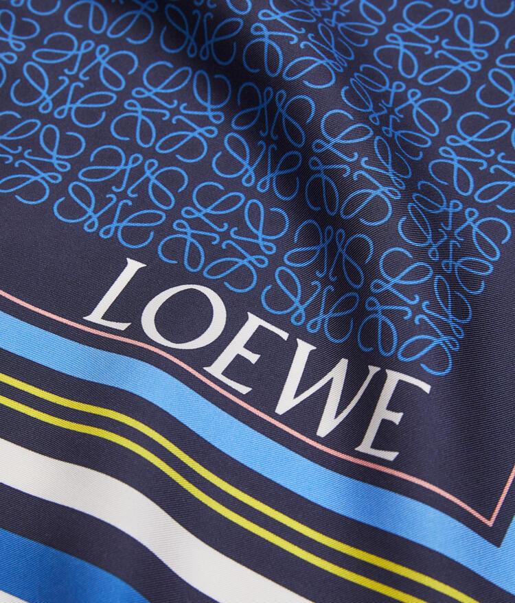 LOEWE 絲質圍巾(140x140公分) yellow/blue pdp_rd