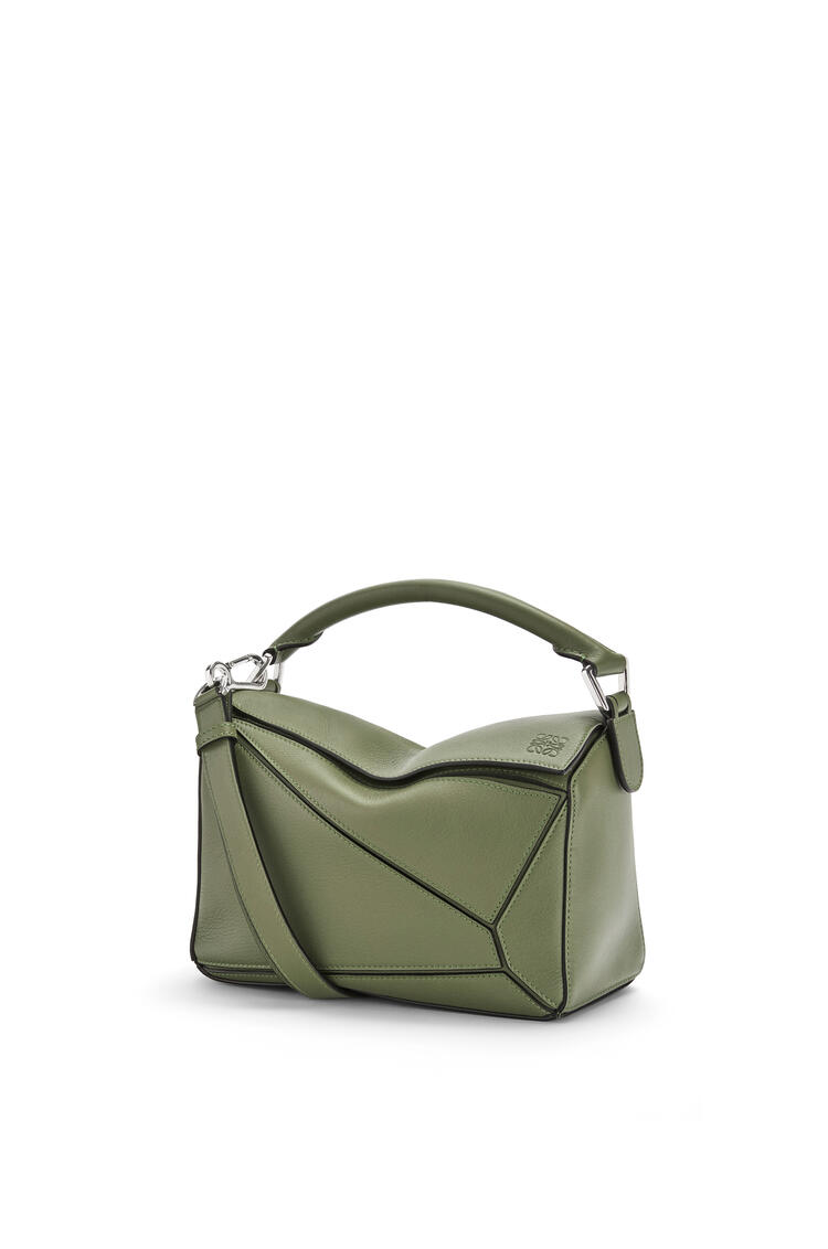 LOEWE Small Puzzle bag in classic calfskin Avocado Green pdp_rd