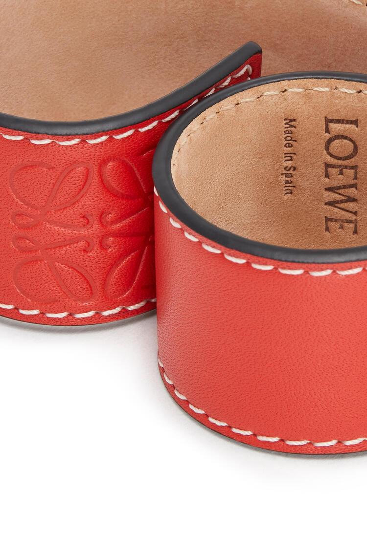 LOEWE Small Slap Bracelet In Calfskin Red pdp_rd