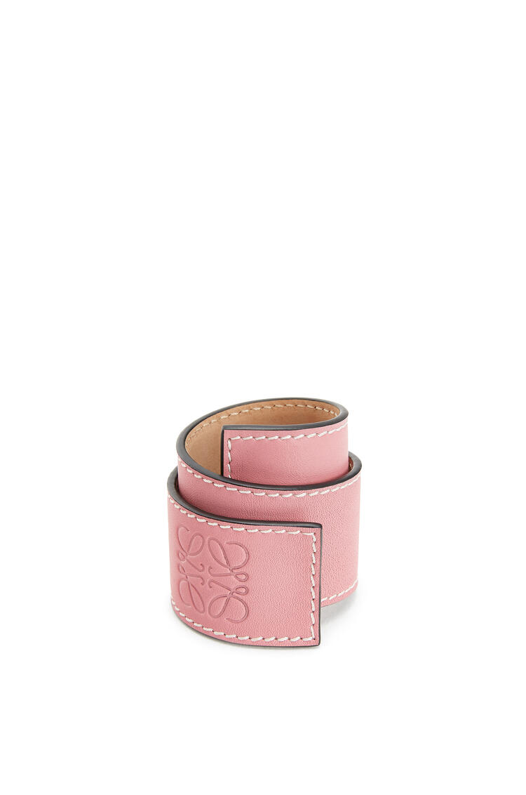 LOEWE Small slap bracelet in calfskin Candy pdp_rd