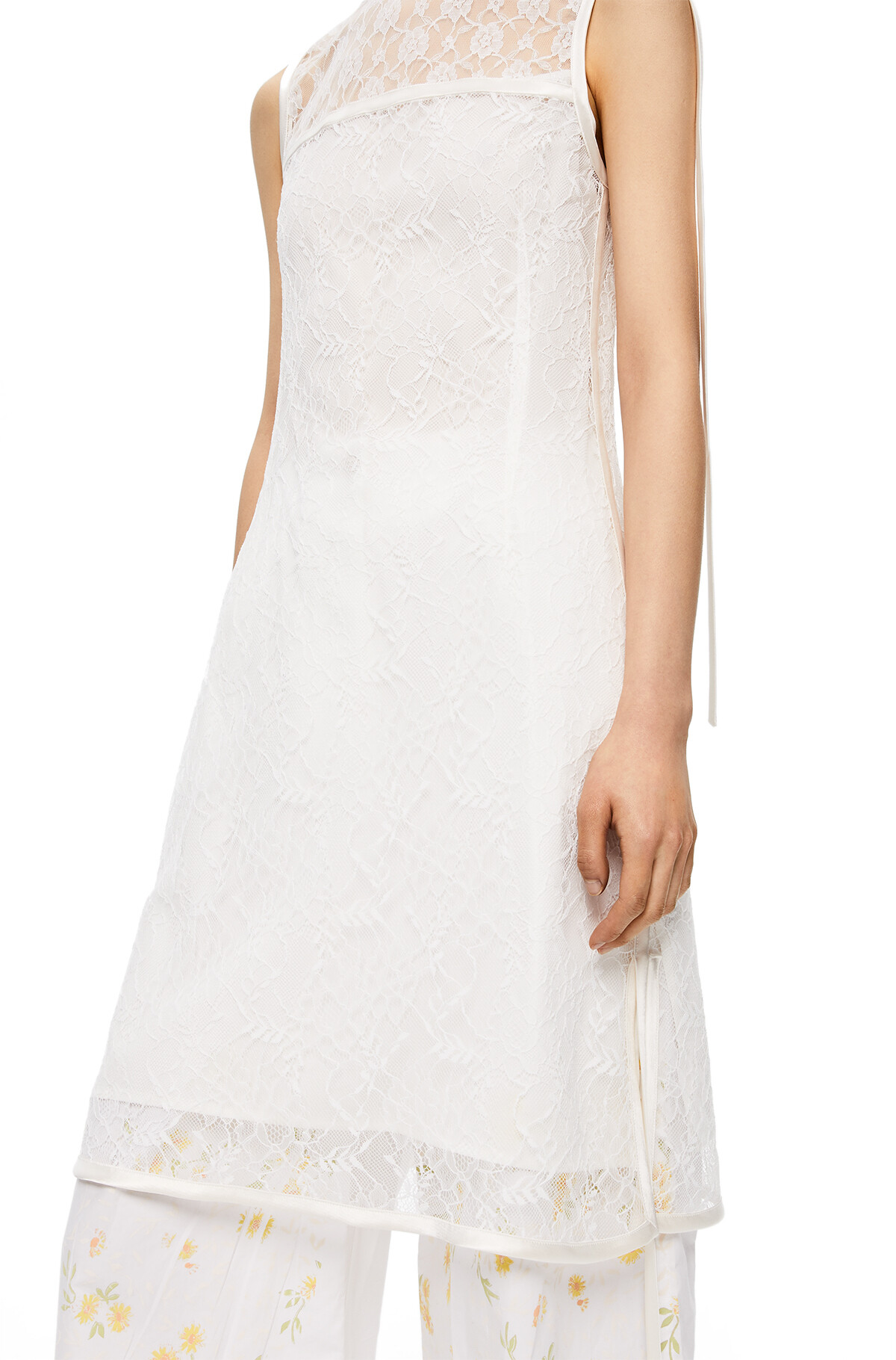 LOEWE Sleeveless Lace Top Blanco front