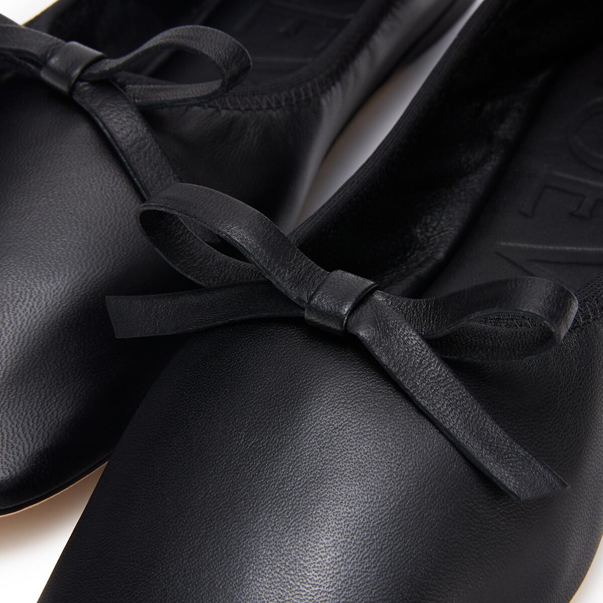 LOEWE Ballerina Bow Black front