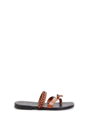 LOEWE Braided flat sandal in calfskin Tan pdp_rd